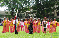 The elementary pupils showcasing their field demonstration